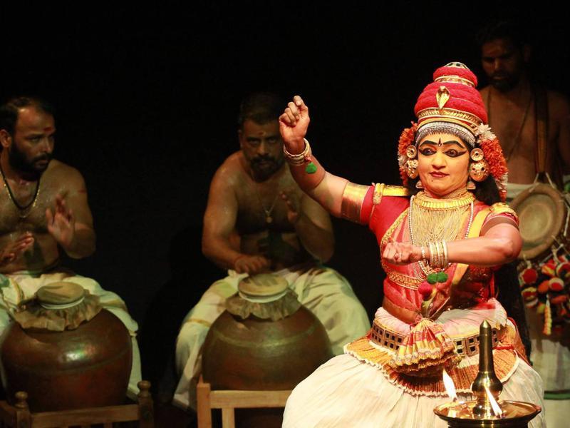 Photographer:Adishakti   Smt. Usha's coordination with the beats by Sri. Hariharan, Sri. K. Rajeev, Sri. Kalanilayam and Kum. Gayathri