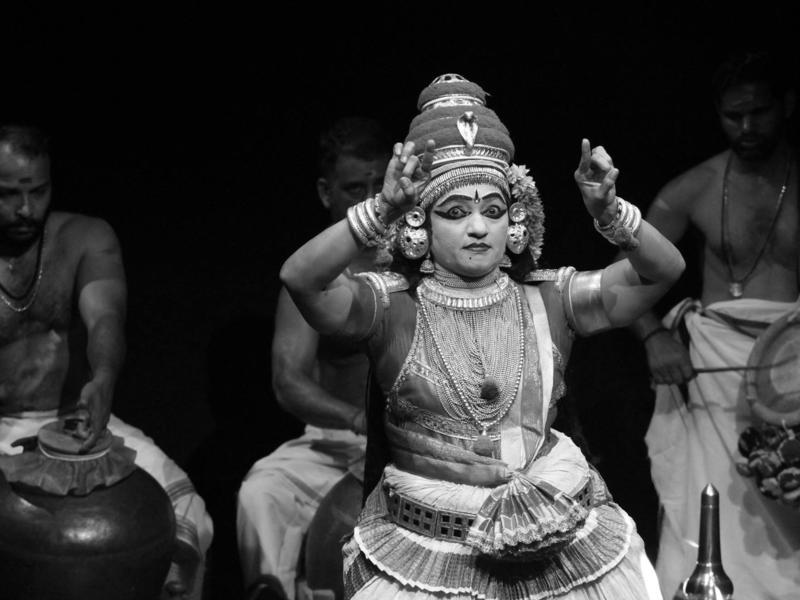 Photographer:Adishakti   Smt. Usha's tempo with drums