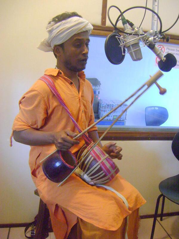Photographer:Lana | Sudipto Shekhar Mridha with instruments - ektara and duggi
