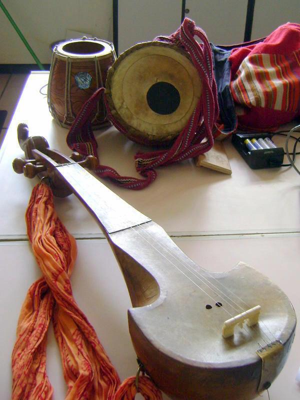 Photographer:Lana | instruments - dotara, duggi , ektara