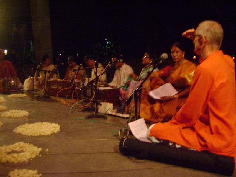 Photographer:Neela   Gratitude at the Lotus feet of the Mother and Sri Aurobindo