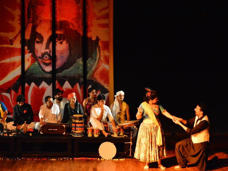Photographer:David Dinakaran   RJ Mantra as Sir Andrew Aguecheek