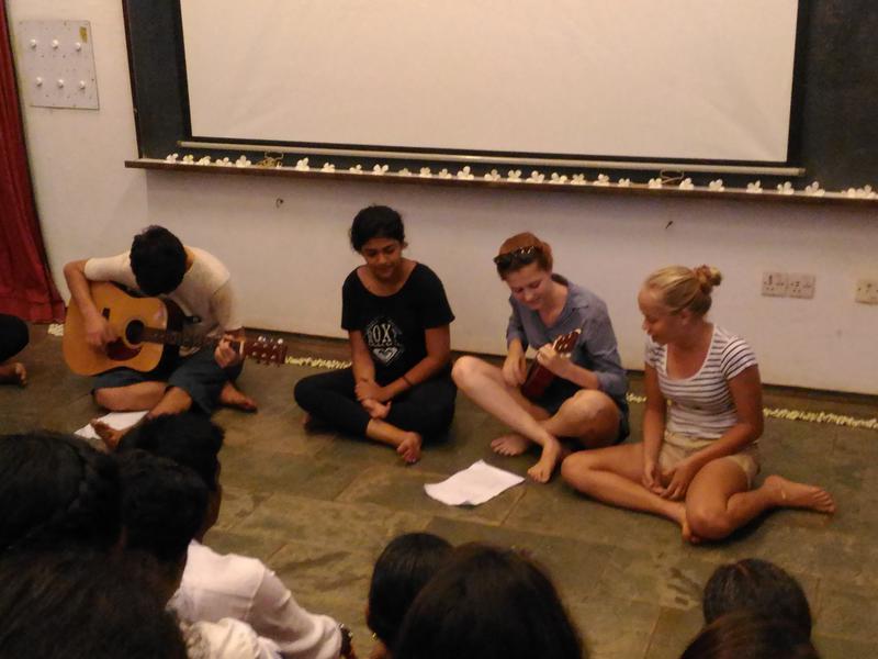 Photographer:renu   minstrels; Elia, Ahilia, Tara, Marissa