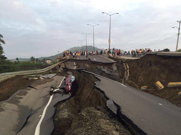 Photographer:web | Earthquake on 16th of April, magnitude 7,8
