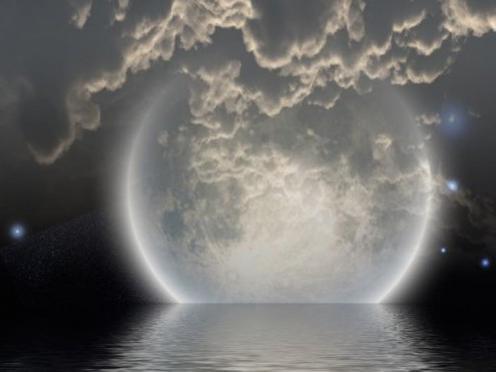Photographer:web   Full Moon in Capricorn  tomorrow 19th