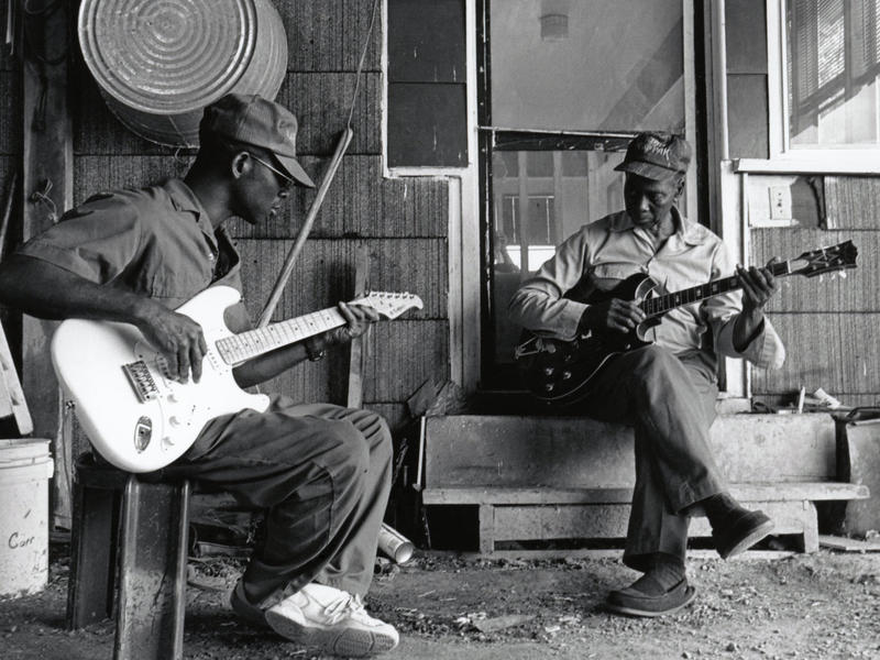 Photographer:web | Delta Blues