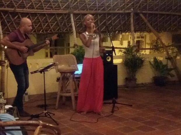 2016_07_24_performance_erica_and_shanks_caribbean_jazz_kasha_ki_aasha_english_1