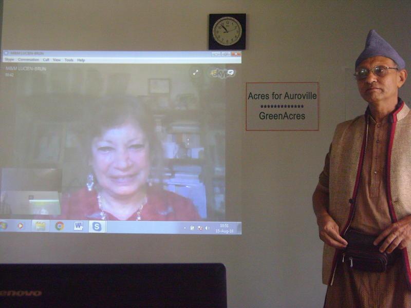 Photographer:Shirin | Mandakini via Skype has greeted all present, Aryadeep on the right side