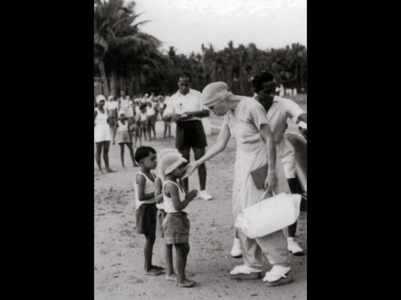 Photographer:Ashram Archives | Mother with The Children In The Ashram Sports Ground