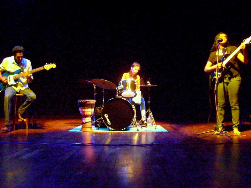 Photographer:Tabitha   3Musicians