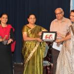 Prof. Anisha Basheer Khan (Vice-Chancellor (i/c) of Pondicherry University) presentes a memento