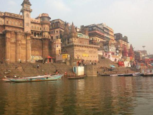Photographer:web | Benares on Ganga