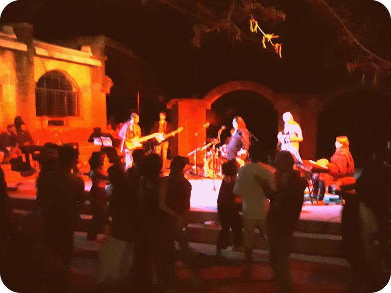 Photographer:Belinda | Bossa Nova and Rock Band..and others Band Rock with Eduardo