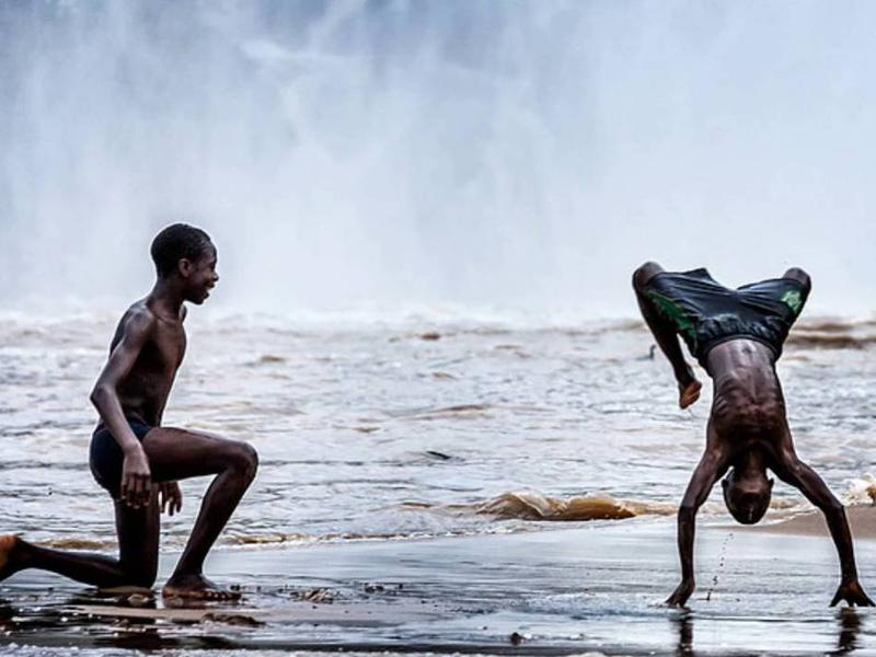 Photographer:web | Afrikan Roots - Dance of the Tribe (feat. Tlokwe Sehume)