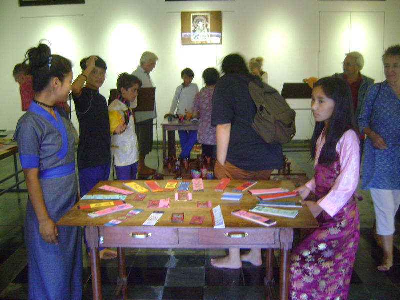 Photographer:Shirin   exhibition of their children's work