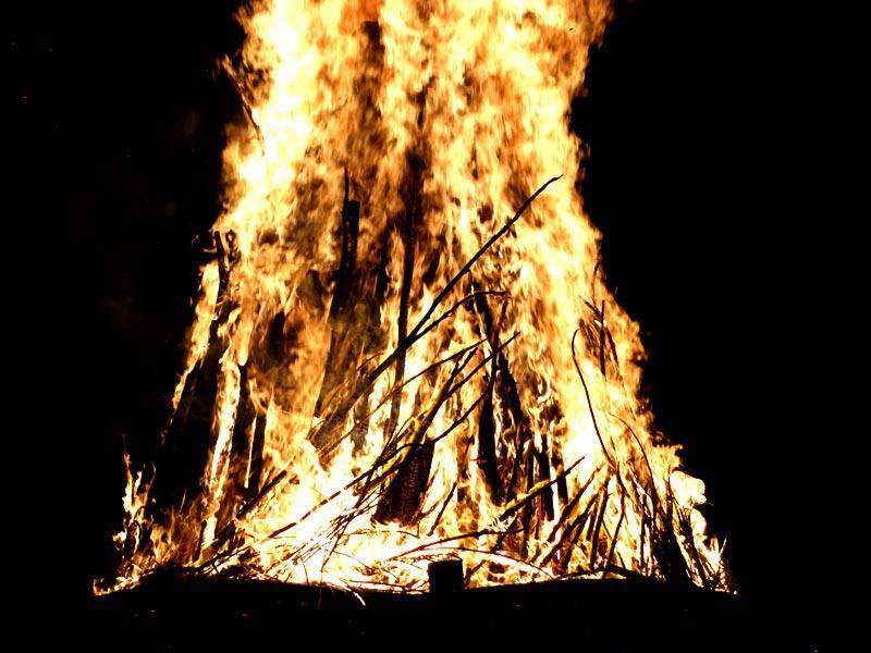 Photographer:web | bonfire at MM