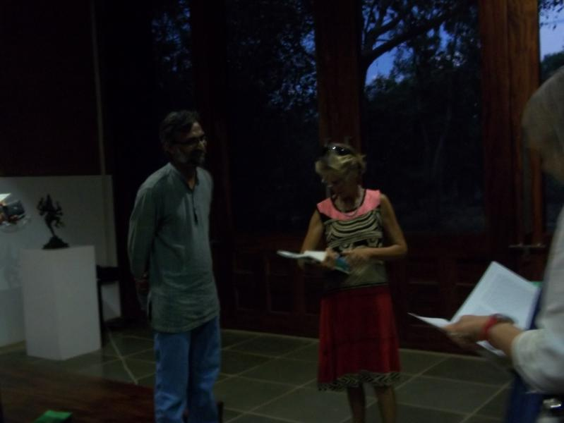 Photographer:Neha | People getting their copies signed