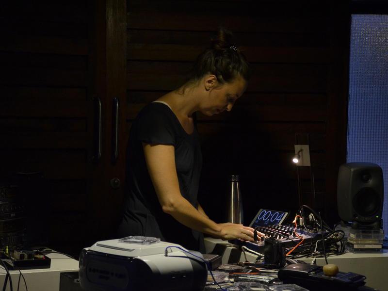 Photographer:Neha | Chloe performing in Kalakendra