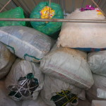 ECOSERVICE : bags of waste which cannot be recycled