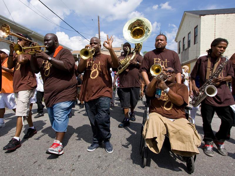 Photographer:web   Hot 8 Brass Band