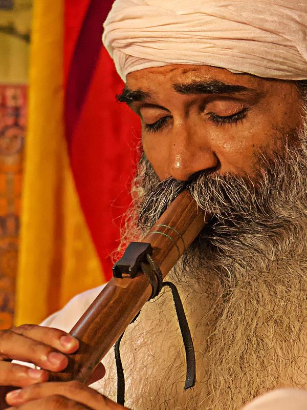 Photographer:Piero Cefaloni | Chandreshi playing flute