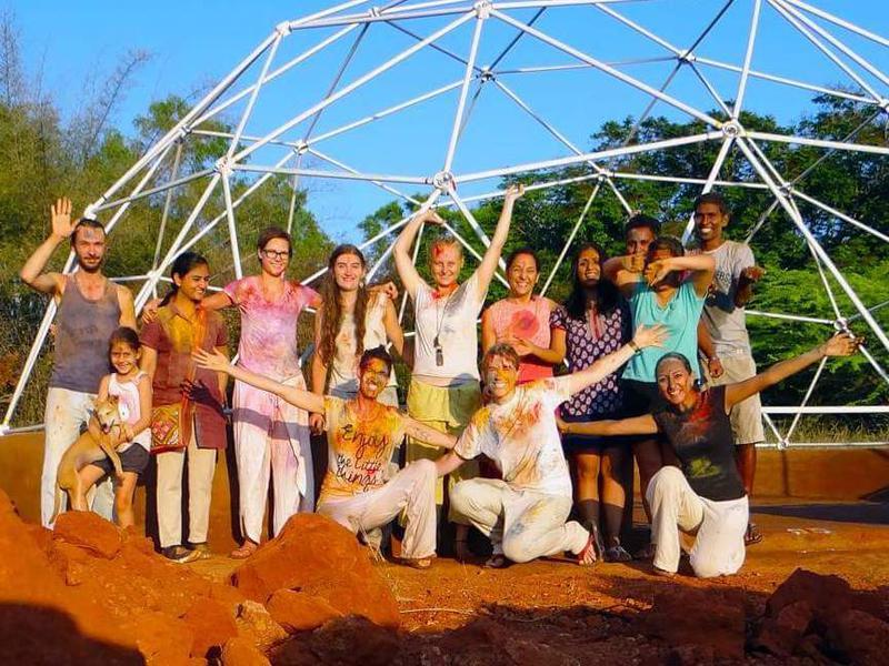 Photographer:EG Photography | Holi Celebration with Volunteers
