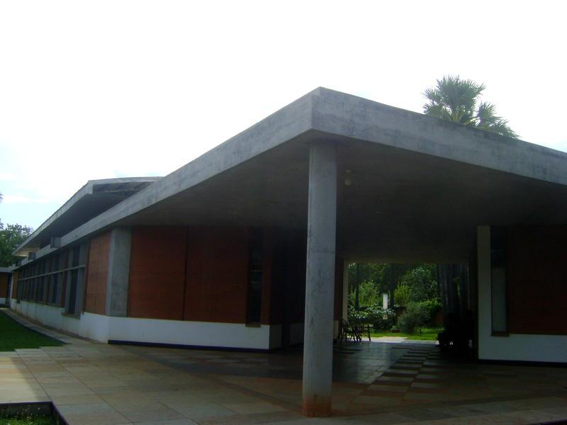 Photographer:Kshitij | Auroville Library