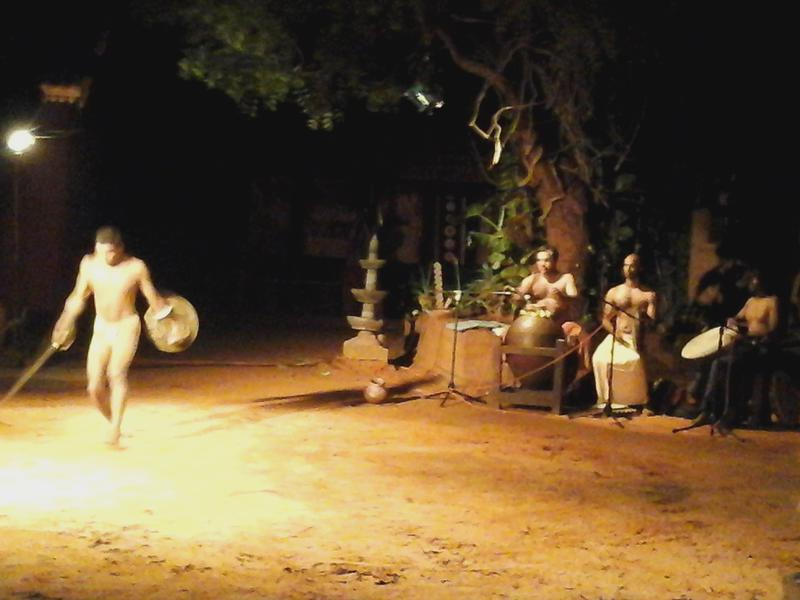 Photographer:Gino | Performance about Earth played on bare earth