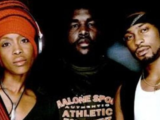 Photographer:web pics | The Roots ft D'Angelo and Erkyah Badu