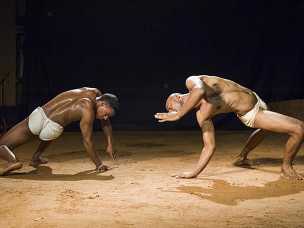 Photographer:Marco Saroldi | BHU/EARTH dance performance on 26, 27, 28 at 8pm at CRIPA