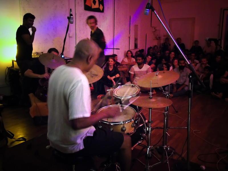Photographer:Lucrezia Fassi | Suresh on drums