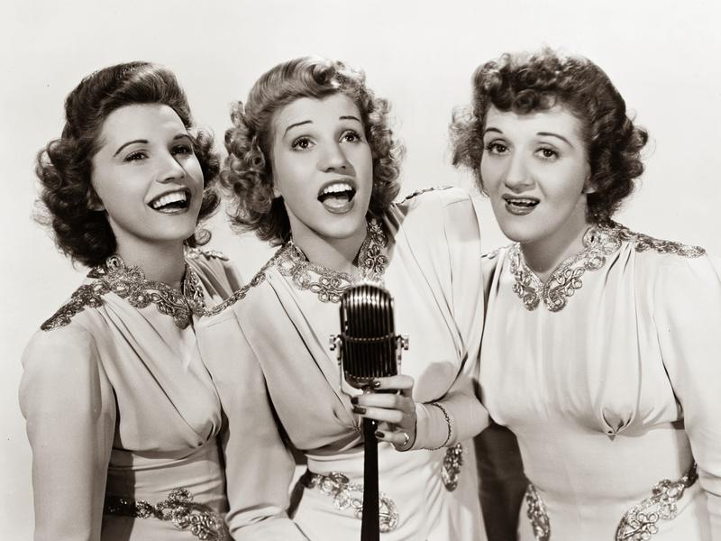 Photographer:web | The Andrews Sisters
