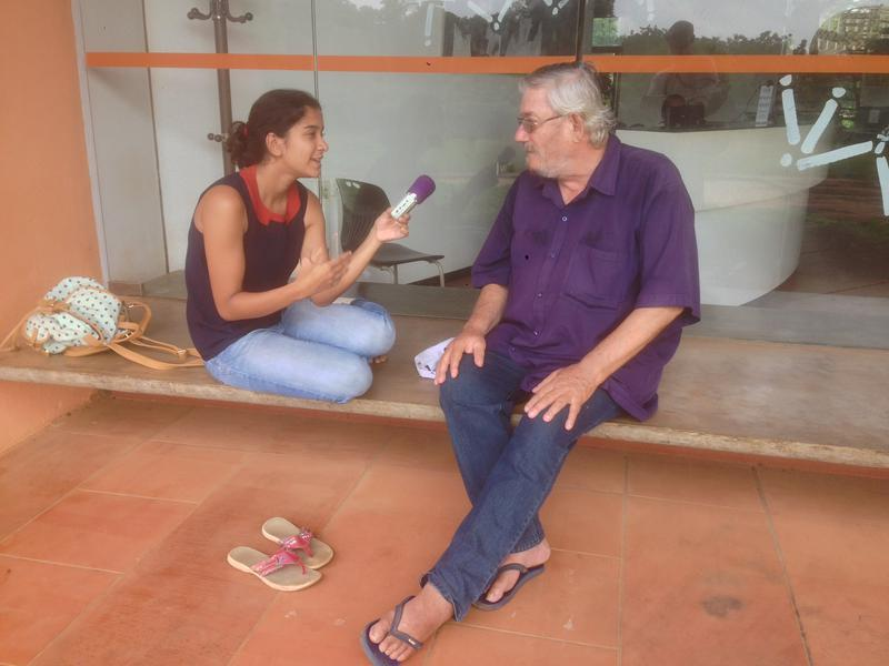 Photographer:Andrea Tazzari | Paul Vincent discussing evolution of Auroville with Ira