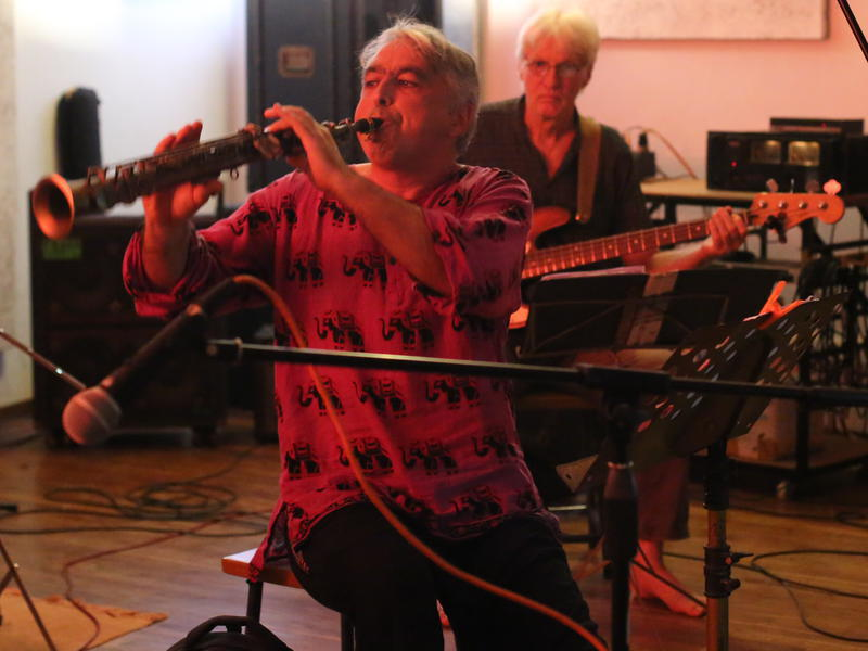 Photographer:Ake/AVArtservice | Shmuel playing his soprano saxophone. On the back Rolf on bass.