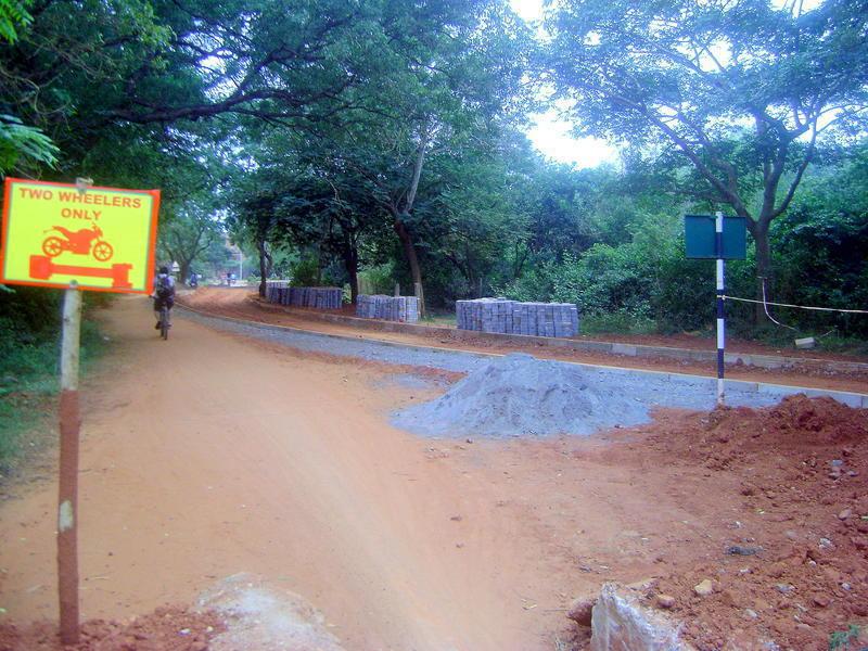 Photographer:Lana | new paved road from Solar Ktichen to Kindergarden - progress