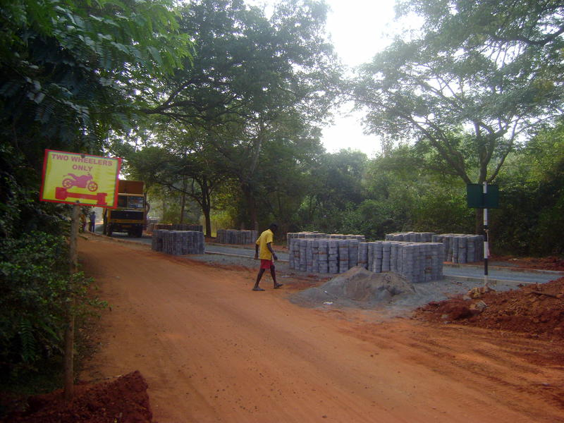 Photographer:Nela | progress on the road from SK roundabout