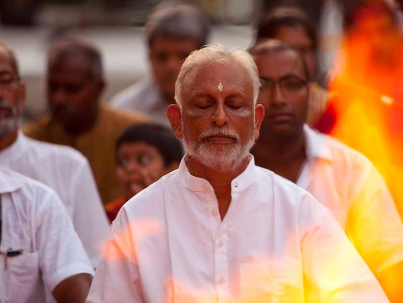 Photographer:web | Sri M leading the Walk of Hope