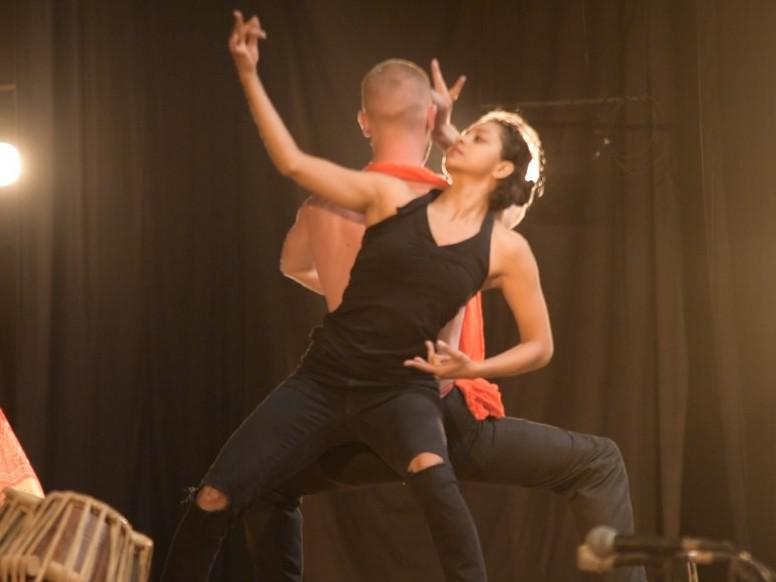 Photographer:Desmond | Sharanya Rao performing at Sri Aurobindo auditorium / Bharat Nivas, Auroville