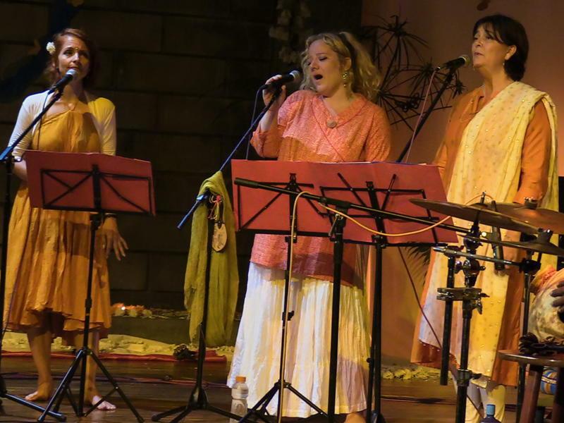 Photographer:Andrea | From left: Swaha, Vera and Shakti