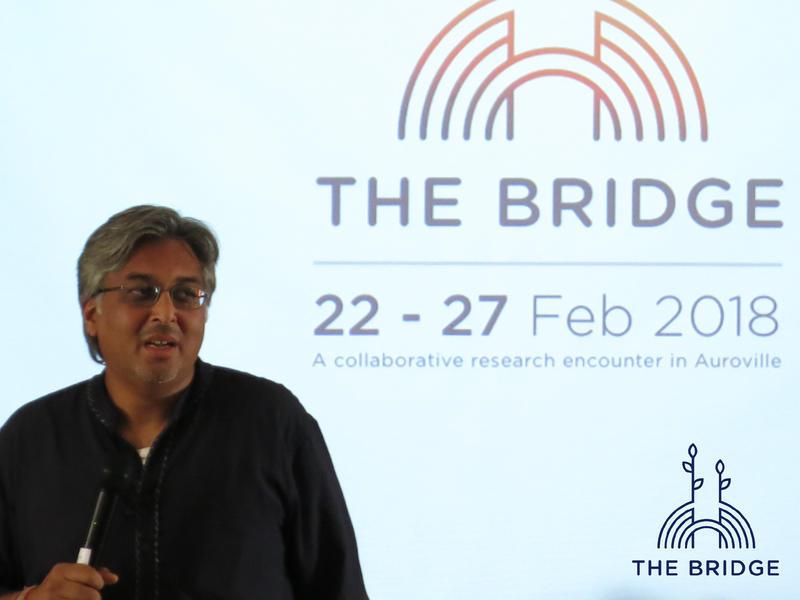Photographer:Cassandra | Manish Jain sharing unlearning and unconferences at The Bridge (Unity Pavillion)