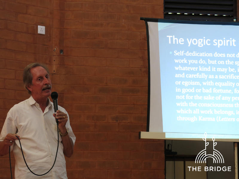 Photographer:Cassandra | Larry presenting his research into Integral Yoga at Work