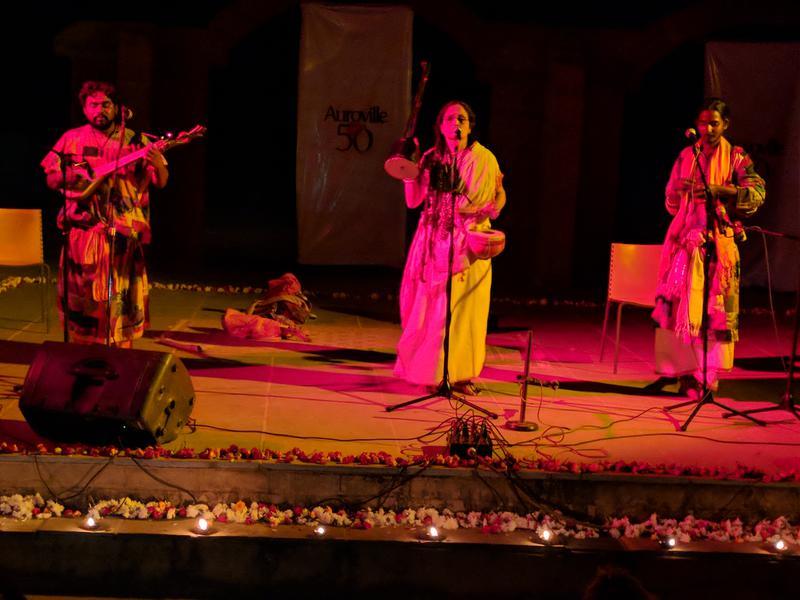 Photographer:Steve   Brindaban Das Baul, Sanghamitra Das, Prasanta Dome