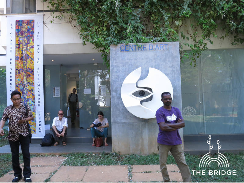 """Photographer:Cassandra 
