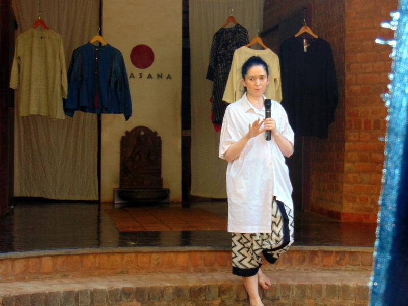 Photographer:Lina | Elena launch Shiriting in Auroville