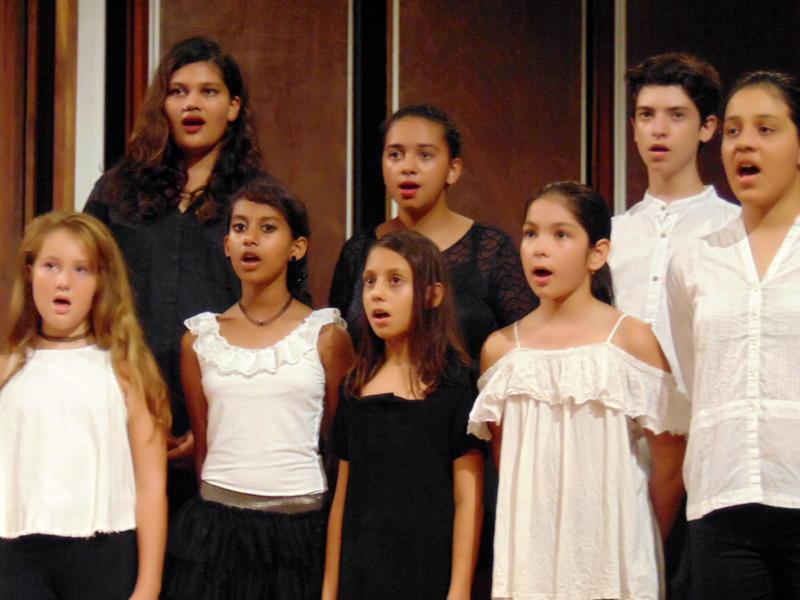 Photographer:Ljuba   fresh members of Youth Choir