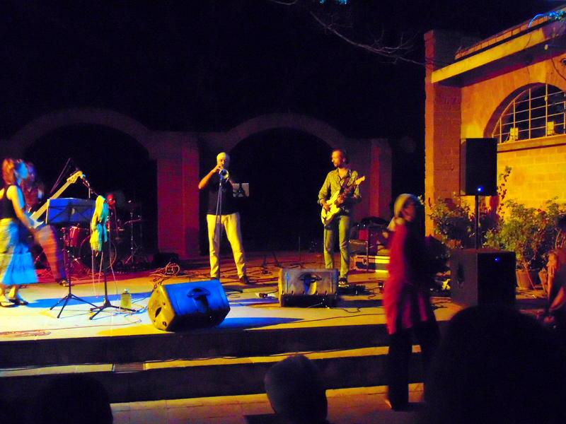 Photographer:Zoya | Swaha & Band Blues