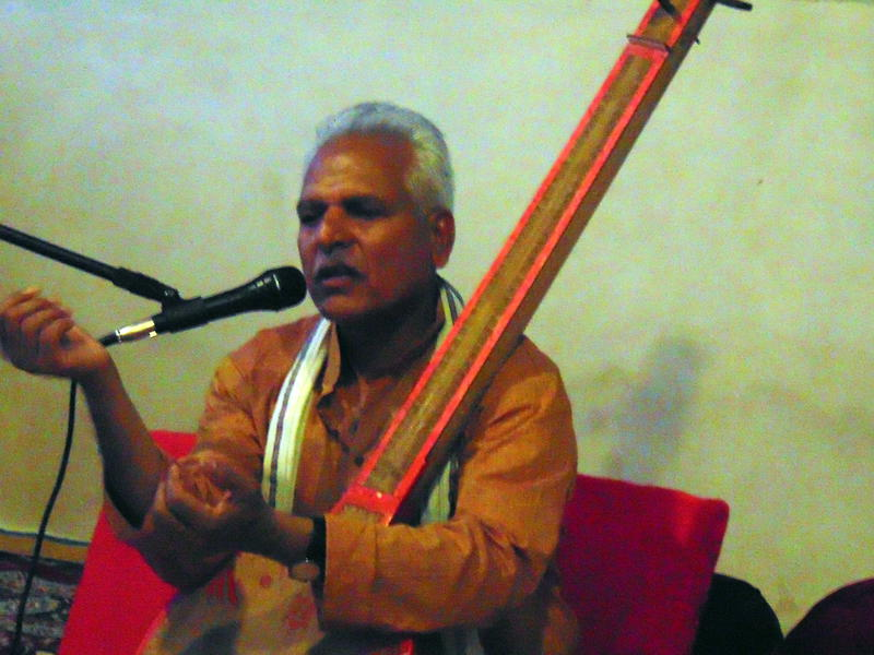 Photographer:Shirin | Prahladji  Tipanya talks on Kabir