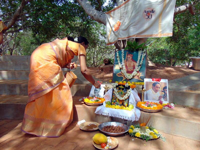 Photographer:Kyara | offering to Saint Thyagaraja