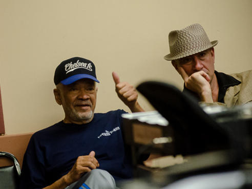 Photographer:web | celebrating 80th birthday with Bill Withers