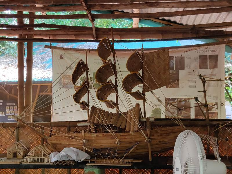 Photographer:Avdhi | A ship forged from only bamboo, kept on display